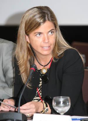 Victoria Cristobal de Araujo, Consejera de Emigración de la Comunidad de Madrid